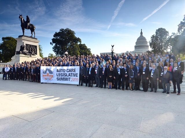 Group Picture In Front Of Capitol